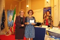 2014 riceve il premio Elvira Serra