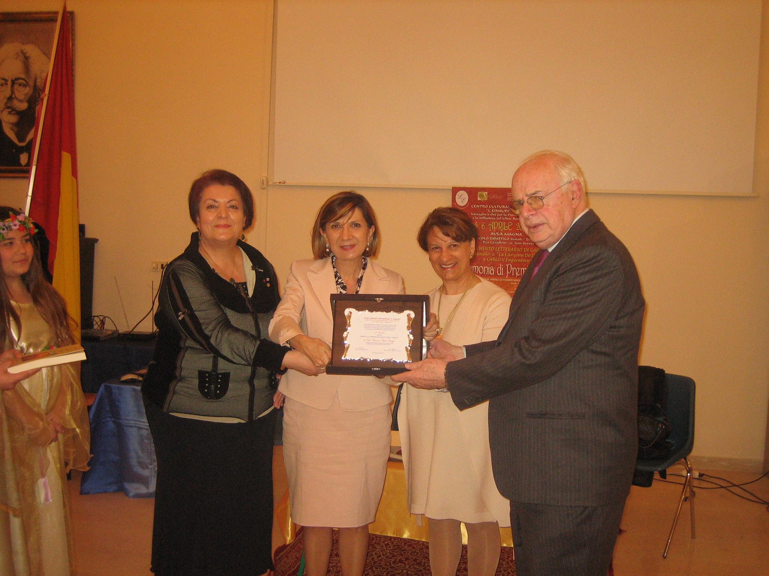 2018 si consegna il Premio Minuziano  all'editore Adda IMG_6662