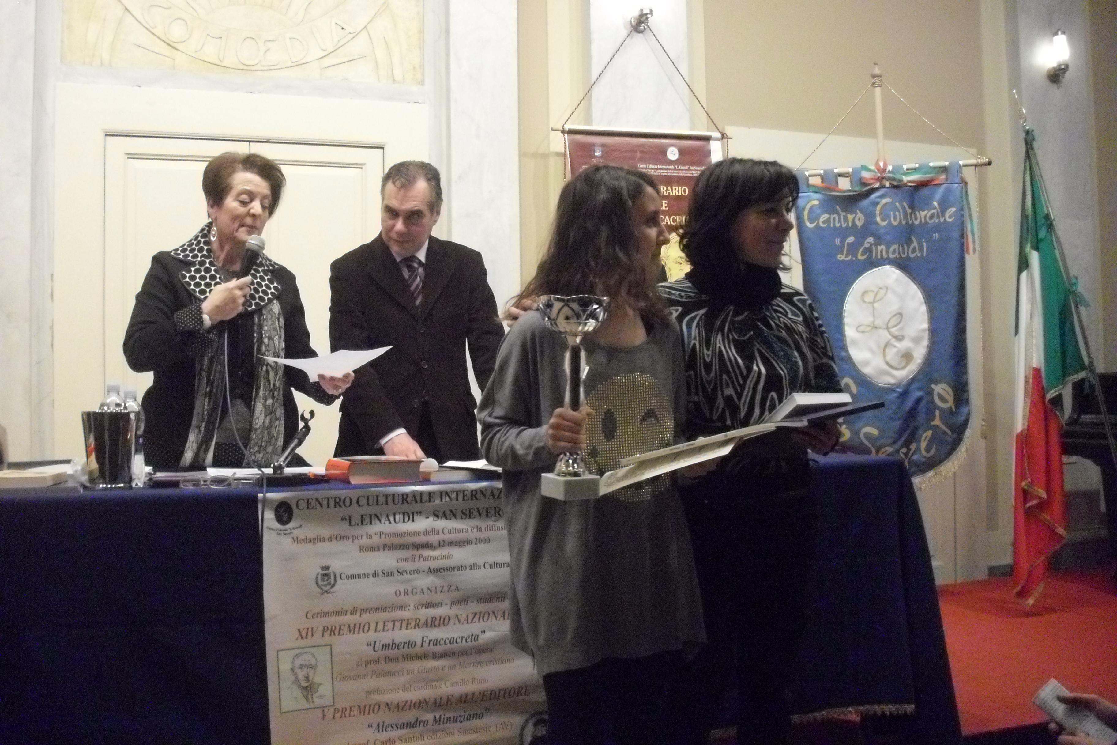 Premio Letterario Internazionale Donna, Fasano abbraccia la